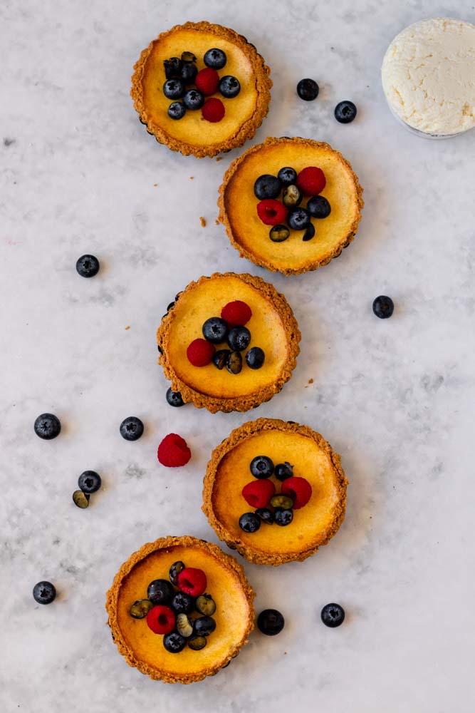 Cheesecake com requeijão Lactimonte de cima, em ziguezague