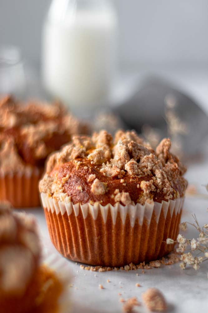 Muffins de abóbora e crumble de frente