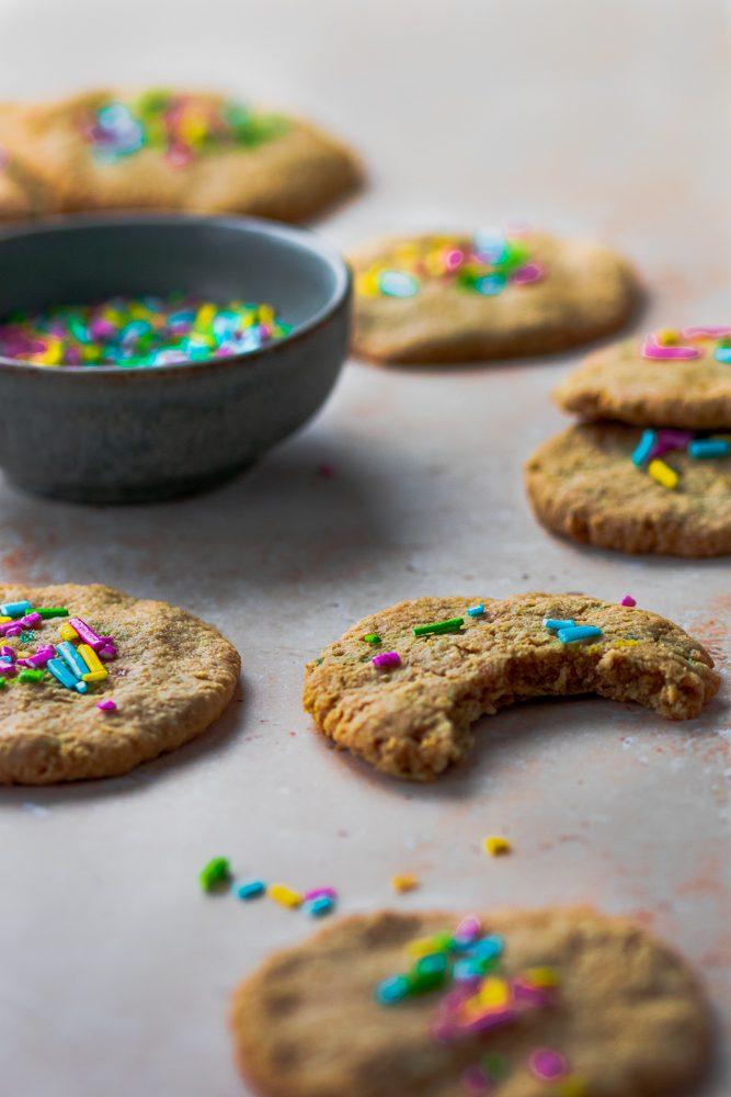 Cookies Coloridas 45º plano aproximado